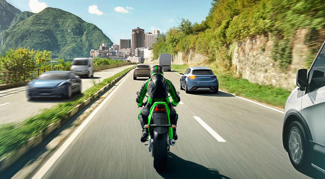 Kawasaki wyposaży motocykle w system ARAS firmy Bosch