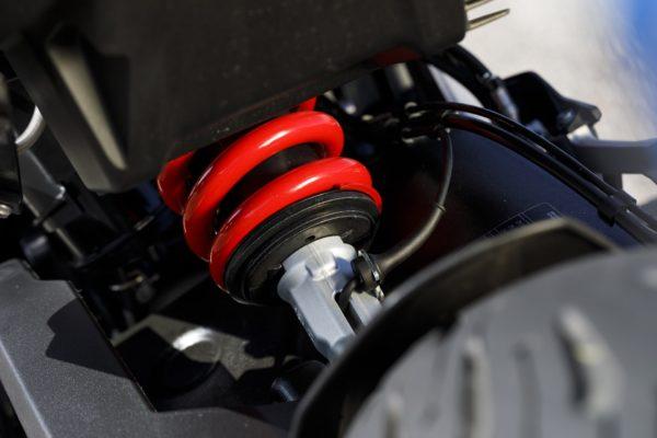 BMW F 900 XR suspenssion