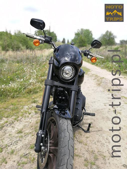 Harley-Davidson-Low-Rider-S---światło